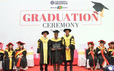 Giải Bạc danh giá cho chất lượng của trường đại học UK
