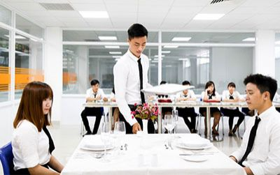 Học ngành Nhà hàng - Khách sạn với bằng Cử nhân ĐH CY Cergy Paris (Pháp)