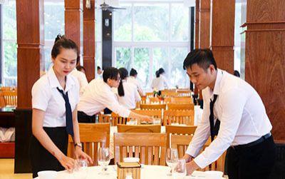 Trung cấp Việt Giao thu hút học sinh theo học nghề bếp, du lịch...