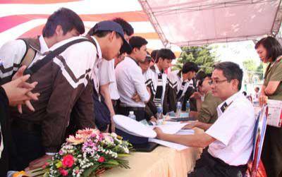 Điều chỉnh lịch sơ tuyển vào các trường quân đội 2020