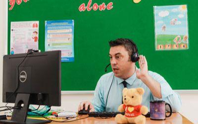 Royal School - kết nối thầy trò từ những giờ học trực tuyến