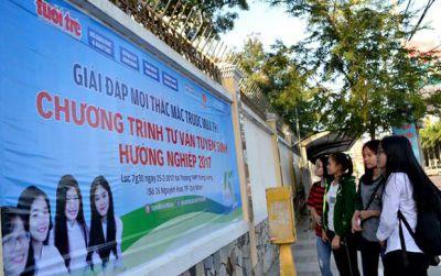 Chương trình tư vấn tuyển sinh của Tuổi Trẻ đến Bình Định, Huế
